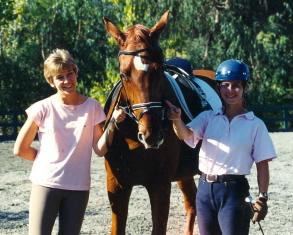 Ursula von der Leyen und Kathy van Camp mit Goethe