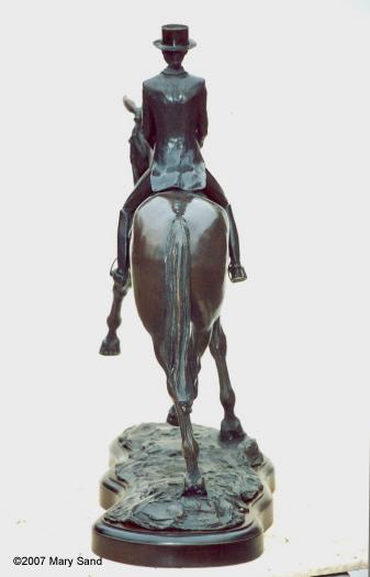 Pferdestatuen: Dressur Pferd und Reiter Ausführen Half-Pass