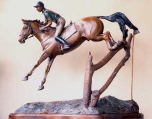 Horse sculpture of 3-Day Eventer
