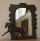 Pferd Geschenke: Spiegel mit Relief Dressurpferd